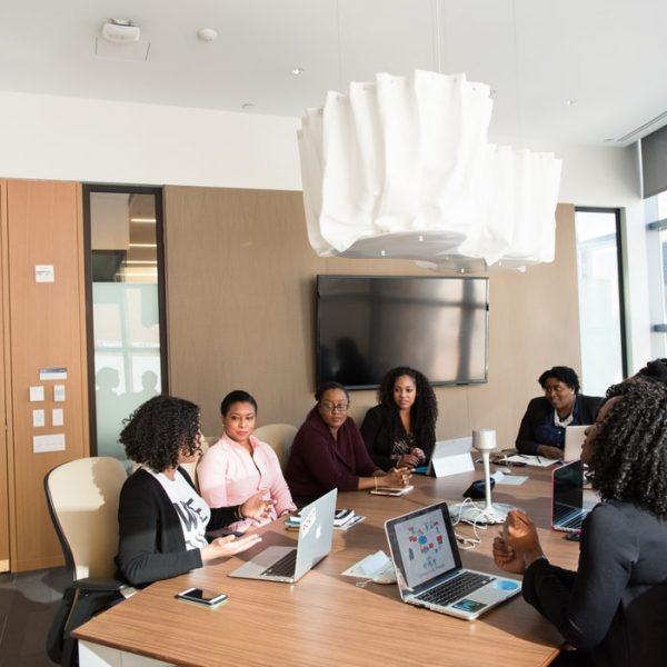 Cinq facteurs importants à prendre en compte lors de la création d'une liste de contrôle pour le déménagement d'un bureau